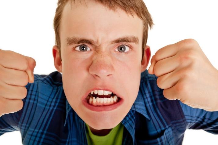 teen-anger-violence-against-parent