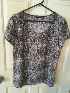 goodwill-12-11-16-black-white-shirt