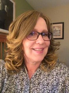 Dark blonde wig 8-27-17 glasses